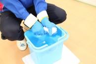 専用洗剤を使用し丁寧に掃除